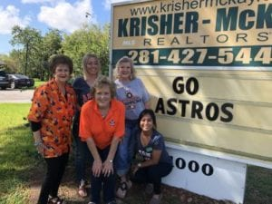 Krisher McKay gals supporting the Astros!